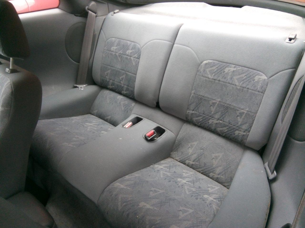 Myytävänä Mitsubishi Eclipse 2.0L