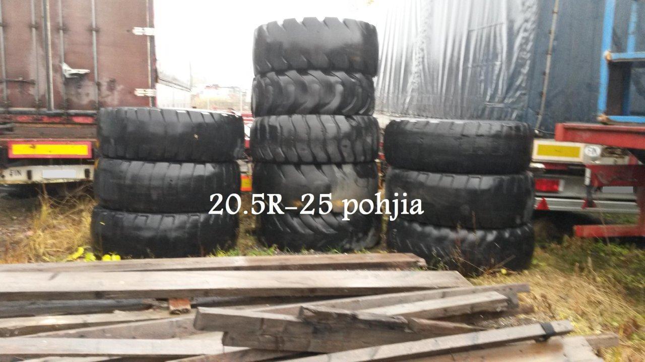 """Myynnissä 20.5""""-25 R rengaspohjia"""